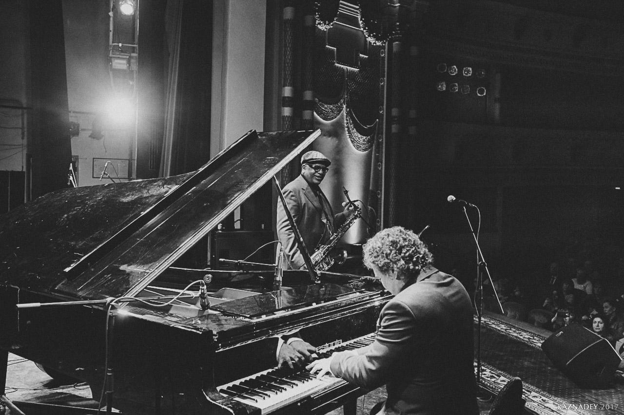 Евгений Владимиров-рояль и Bill Saxton играют Джаз в Минске jazzinminsk -2017