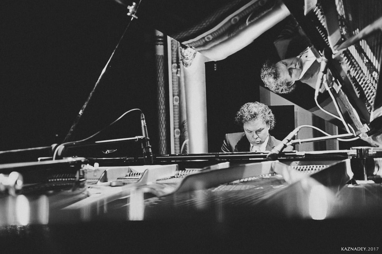 Евгений Владимиров играет джаз в Минске jazzinminsk